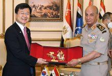 الفريق أول محمد زكى يلتقى وزير برنامج إدارة المشتريات الدفاعية لجمهورية كوريا الجنوبية