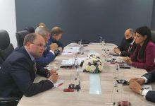 وزيرة التعاون الدولي تبحث مع رئيس شركة السكك الحديدية الروسية العلاقات المشتركة في قطاع النقل