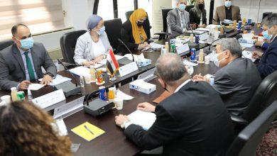 وزيرة البيئة ومحافظ المنيا وشركاء التنمية يناقشون الخطة التنفيذية للمرحلة الثالثة من مشروع إدارة المخلفات الصلبة بالمنيا