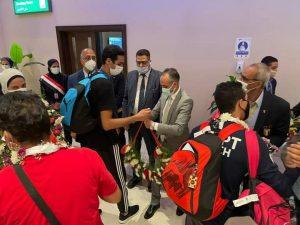 استقبال حافل من الشباب والرياضة لأبطال التايكوندو بمطار القاهرة